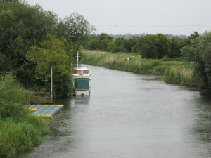 River Stour looking south from Plucks Gutter road bridge
